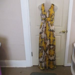 Cache sz 6 Evening Gown Prom Maxi Dress Gold
